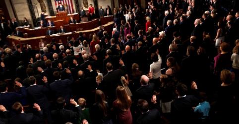 Câmara dos Deputados dos EUA rejeita lei abrangente de imigração apresentada por republicanos