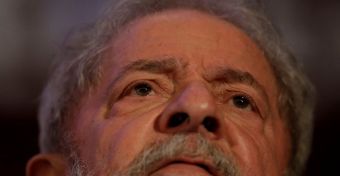 Placeholder - loading - Imagem da notícia Defesa de Lula pede que 2ª Turma do STF decida liberdade do petista em vez de plenário