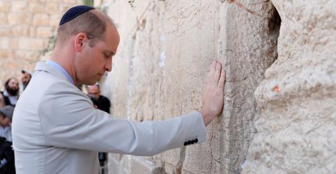 Príncipe William visita locais sagrados e túmulo de bisavó em Jerusalém