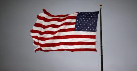 Crescimento do PIB dos EUA no 1º tri é revisado para baixo a 2,0%