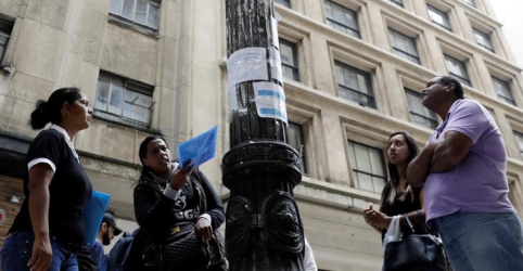 Brasil tem desemprego de 12,7% no tri até maio, diz IBGE