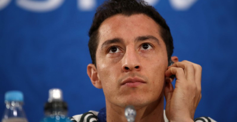Mexicano Guardado diz esperar que árbitro contenha simulações de Neymar