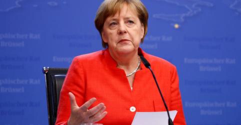 Placeholder - loading - Imagem da notícia Em meio a divergências, líderes da UE reivindicam vitória em cúpula sobre imigração