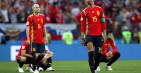 Placeholder - loading - Imagem da notícia Derrota da Espanha abre espaço para rosto novo na final da Copa