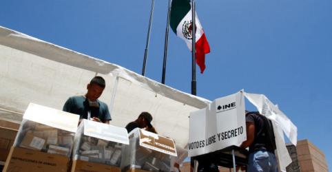 Placeholder - loading - Imagem da notícia Sentimento anti-Trump leva eleitores mexicanos nos EUA a votarem em López Obrador