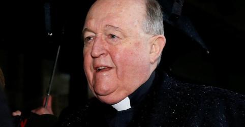 Placeholder - loading - Imagem da notícia Arcebispo australiano é condenado a 1 ano de prisão por acobertar abusos sexuais