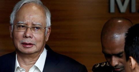 Placeholder - loading - Imagem da notícia Ex-premiê da Malásia é preso em investigação de corrupção