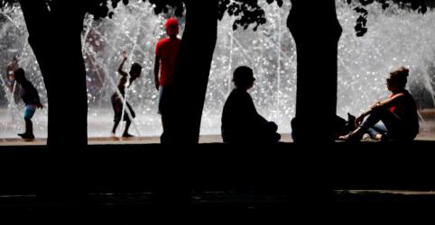 Placeholder - loading - Imagem da notícia Norte-americanos enfrentarão calor escaldante em comemorações do feriado de 4 de Julho