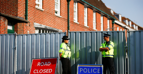 Placeholder - loading - Imagem da notícia Reino Unido exige que Rússia explique ataque com agente nervoso com  mais duas vítimas