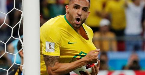 Placeholder - loading - Seleção brasileira se desesperou com primeiro gol da Bélgica, admite Renato Augusto