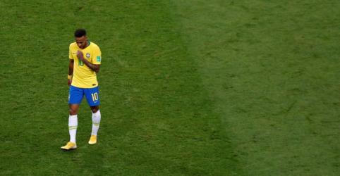 Difícil encontrar forças para querer voltar a jogar futebol, diz Neymar após eliminação