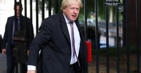Placeholder - loading - Imagem da notícia Ministro de Relações Exteriores britânico Boris Johnson renuncia, diz gabinete de May