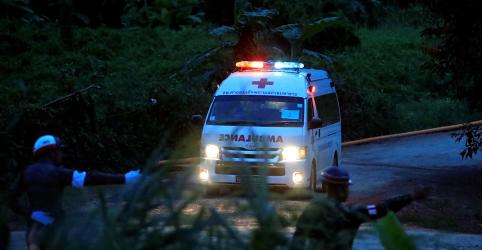 Placeholder - loading - Mais 4 meninos são retirados de caverna da Tailândia no 2º dia de resgate