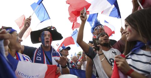 Placeholder - loading - Imagem da notícia Rivalidade nacional se aprofunda antes de semifinal da Copa entre França e Bélgica