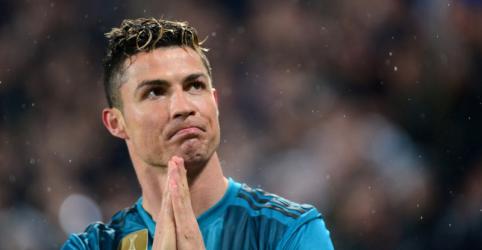 Juventus oficializa contratação de Cristiano Ronaldo do Real Madrid por 100 mi de euros