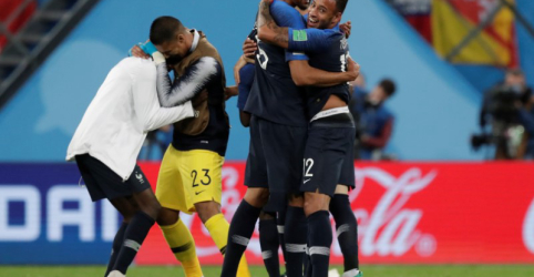 Placeholder - loading - França vence Bélgica com gol de Umtiti e vai à final da Copa do Mundo