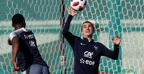 Placeholder - loading - Imagem da notícia Atitude de Griezmann sugere França tranquila antes de final da Copa contra Croácia