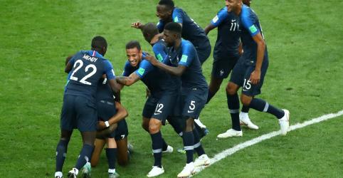 França vence Croácia por 4 x 2 na final da Copa e conquista o 2º título mundial
