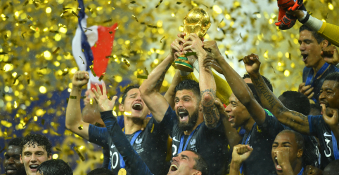 França vence Croácia por 4 x 2 na final e conquista 2º título mundial