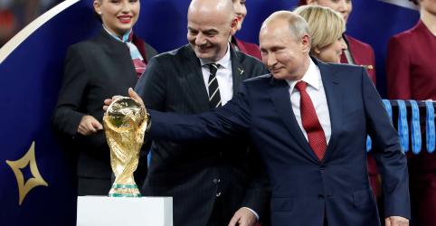 Placeholder - loading - Imagem da notícia Rússia pode se orgulhar por organizar Copa do Mundo, diz Putin