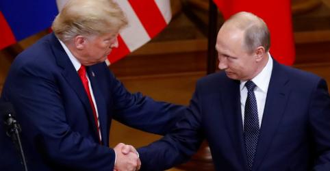 Placeholder - loading - Imagem da notícia Trump diz que tratou com Putin questão da interferência russa em eleição