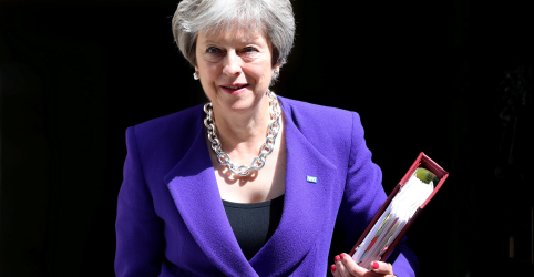 Parlamentares anti-Brexit são alertados a apoiar May para não enfrentarem eleição antecipada