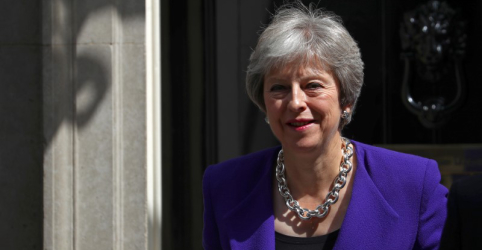 'Brexit continua a significar Brexit', diz May ao pressionar a favor de plano para saída da UE