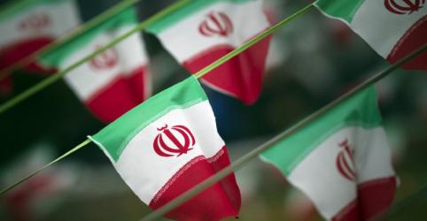 Placeholder - loading - Imagem da notícia Irã diz que vai retaliar se EUA tentarem bloquear exportações de petróleo