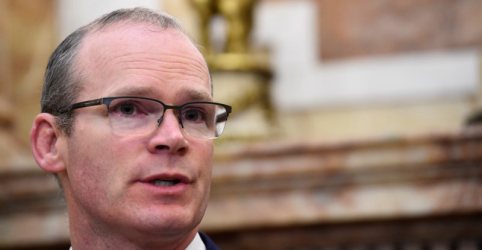 Irlanda apoiaria eventual pedido do Reino Unido por mais tempo para deixar UE, diz chanceler