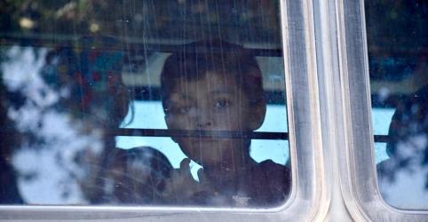 Placeholder - loading - Imagem da notícia Crianças imigrantes presas na fronteira dos EUA podem sofrer trauma permanente, dizem especialistas