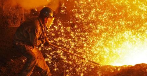 Placeholder - loading - Indústria siderúrgica brasileira reduz projeções para 2018