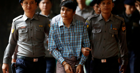 Placeholder - loading - Imagem da notícia Repórter da Reuters preso em Mianmar nega ter obtido documentos secretos