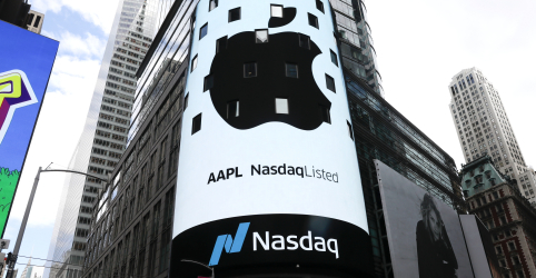 Placeholder - loading - Apple atinge US$1 trilhão em valor de mercado