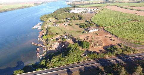 Quem são os donos dos rios do Brasil? Transporte e energia disputam uso da água