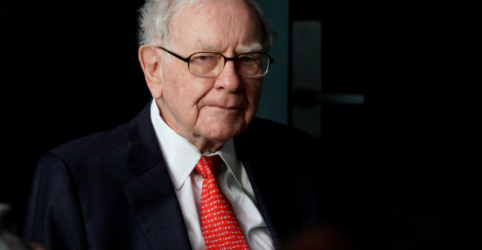 Placeholder - loading - Imagem da notícia Lucro da Berkshire sobe com economia dando impulso a Buffett
