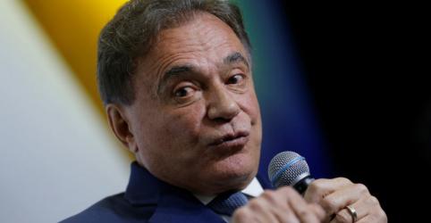 Placeholder - loading - Imagem da notícia PERFIL-Em seu 7º partido, Alvaro Dias quer romper com a política tradicional e 'refundar' República