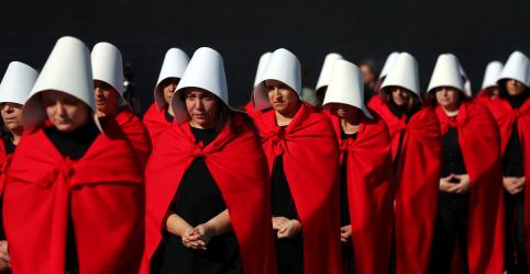 Placeholder - loading - Imagem da notícia Projeto para legalizar aborto na Argentina perde força após senadora de oposição retirar apoio