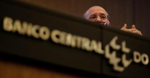 Inflação fica 'confortável' sem choque adicional, diz BC, mas prefere não dar sinal explícito sobre juros