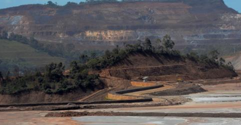 Placeholder - loading - Imagem da notícia Samarco prevê obter licenças em 2019 para retomar operações