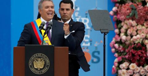 Placeholder - loading - Imagem da notícia Iván Duque assume Presidência da Colômbia com objetivo de unir país dividido