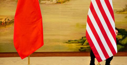 Placeholder - loading - Imagem da notícia Mídia chinesa alerta para aumento 'arbitrário' de tarifas dos EUA em guerra comercial