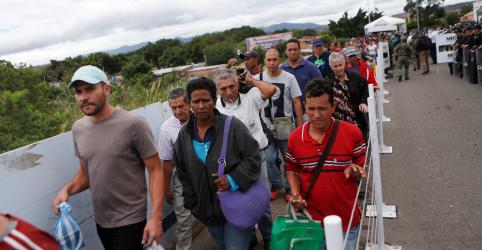 Placeholder - loading - Equador declara estado de emergência por aumento de imigrantes venezuelanos na fronteira