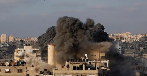Israel e Hamas acertam trégua para encerrar confrontos em Gaza, dizem palestinos