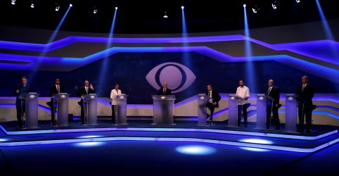 Placeholder - loading - Em debate morno, Alckmin é criticado por aliança com blocão e Bolsonaro repete discurso controverso