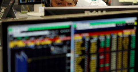 Placeholder - loading - Bovespa desaba 2% em dia de aversão a risco no exterior, com balanços e eleição também no radar