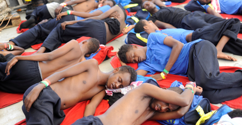 Itália recusa navio de organizações humanitárias com imigrantes