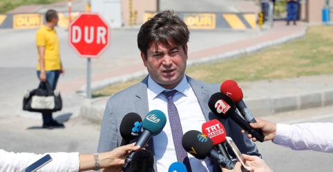 Pastor dos EUA preso na Turquia recorre por liberdade e suspensão de proibição de viagens