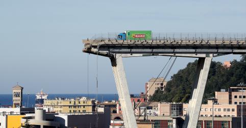 Placeholder - loading - Imagem da notícia Número de mortes por desmoronamento de ponte na Itália sobe para 37