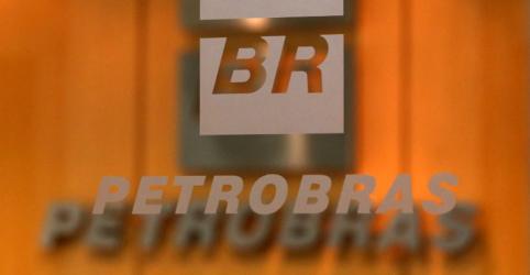 Placeholder - loading - Imagem da notícia Petrobras nega existência de pressão interna contra venda de fatia na Braskem