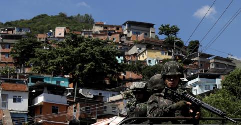 Placeholder - loading - Números de assassinatos e mortos em confrontos com polícia crescem no Rio após 6 meses de intervenção